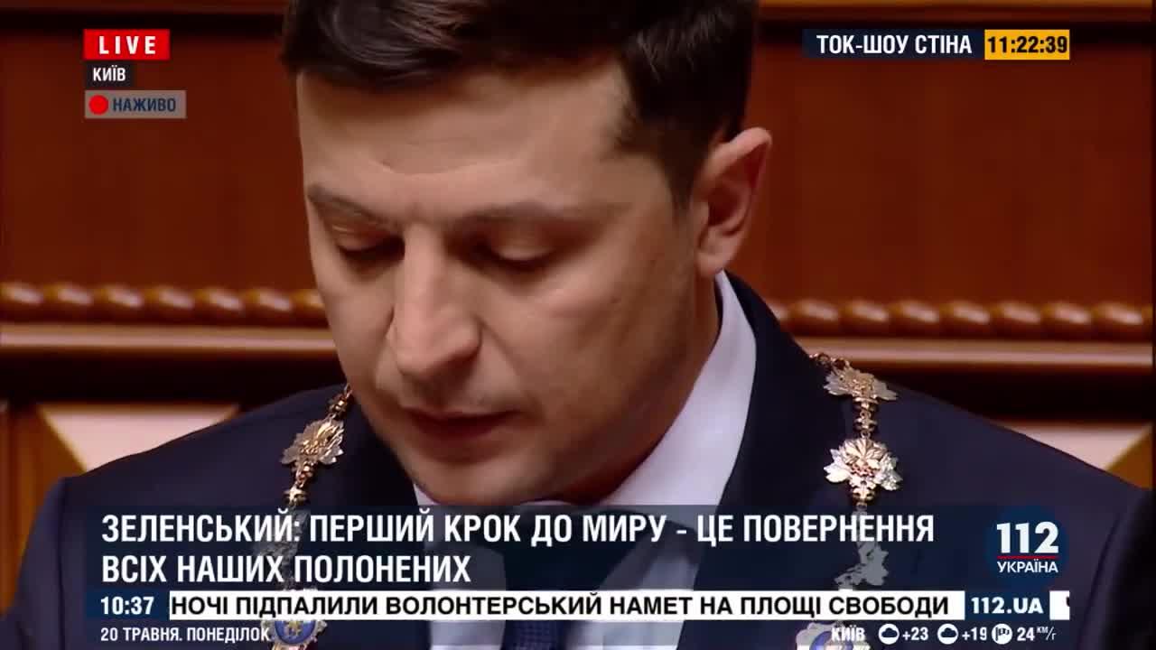"""Lời đáp trả của ông Zelensky khi nghị sĩ Quốc hội """"nhắc nhở"""" về chuyện nói tiếng Nga"""