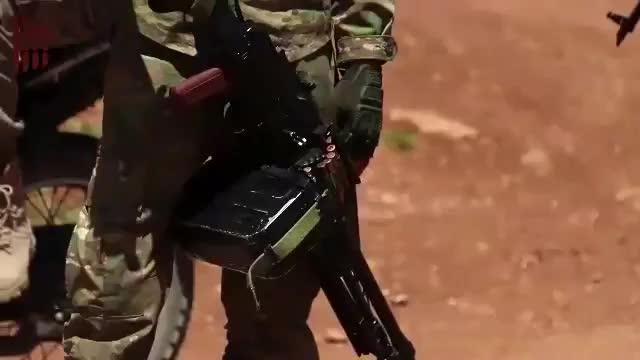 Lực lượng tấn công đặc biệt của HTS tấn công Kafr Nabudah sáng ngày 22/5.