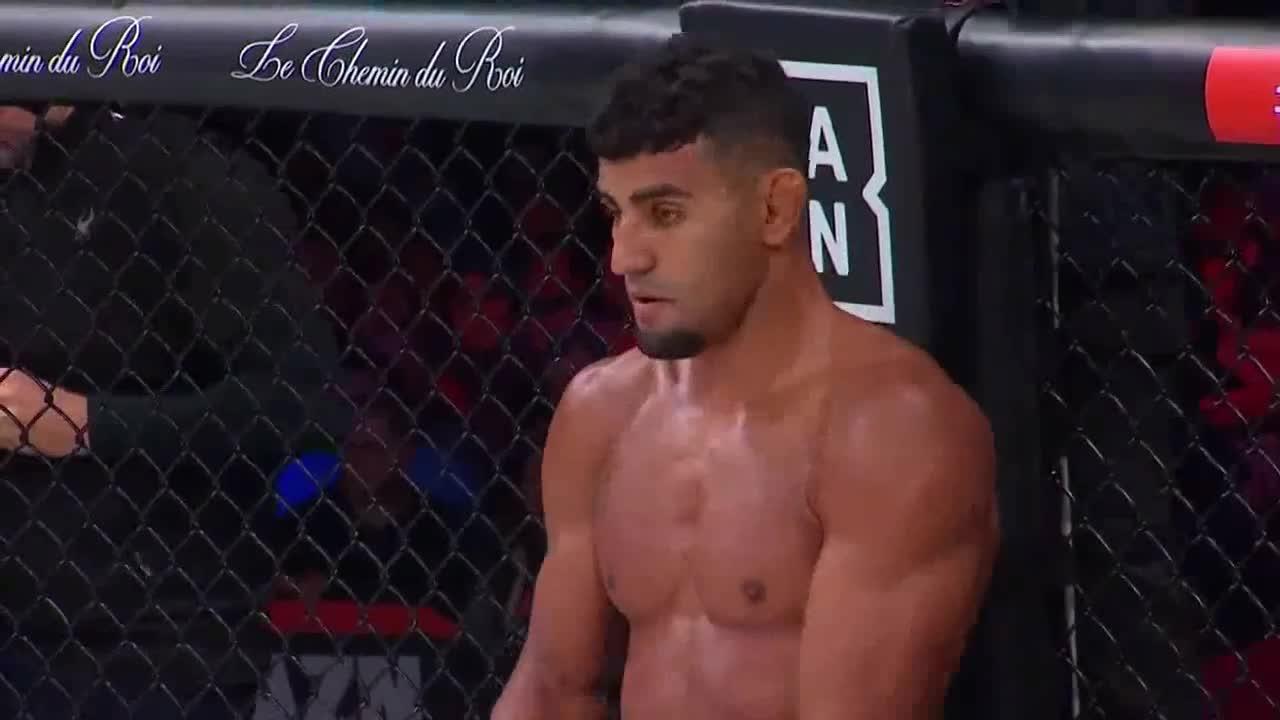 Video: Michael Page thua đau vì khinh thường đối thủ. Nguồn: Bellator MMA.