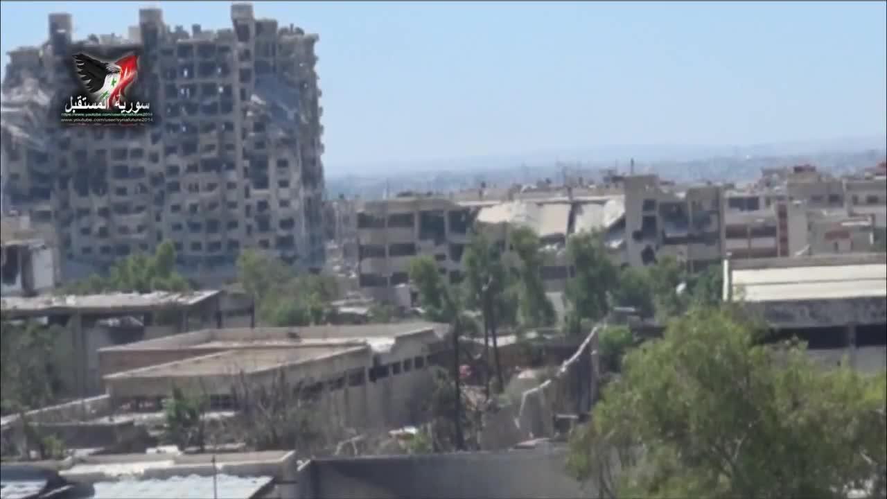 Quân đội Syria sử dụng bộc phá đánh sập căn cứ của phiến quân tại khu vực Jobar, Damascus năm 2014.