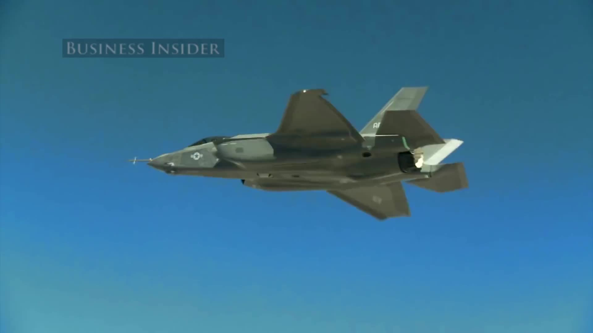 Cách phi công Mỹ huấn luyện bay tiêm kích F-35
