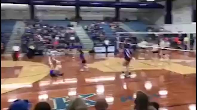 Pha bóng chuyền có một không hai
