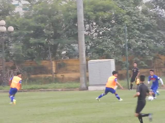 Công Phượng lập cú đúp trong ngày U23 Việt Nam chốt đội hình