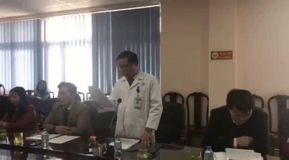 Bác sĩ Lê Anh Tuấn - Phó Giám đốc Bệnh viện đa khoa Đức Giang trả lời tại cuộc họp báo chiều 10/1.