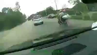 Lời cảnh tỉnh mạnh mẽ đối với những ai thường xuyên chạy xe lấn làn, vượt đèn đỏ