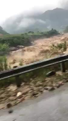 Tình trạng mưa lũ lại Tam Đường, Lào Cai