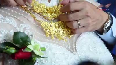 """Cô dâu đeo vàng nặng trĩu cổ """"quẩy"""" cực sung trong đám cưới"""