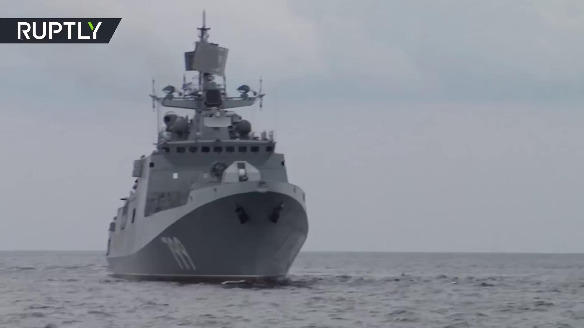 Khinh hạm Đô đốc Makarov - Dự án 11356M tập trận bắn đạn thật trên biển Baltic