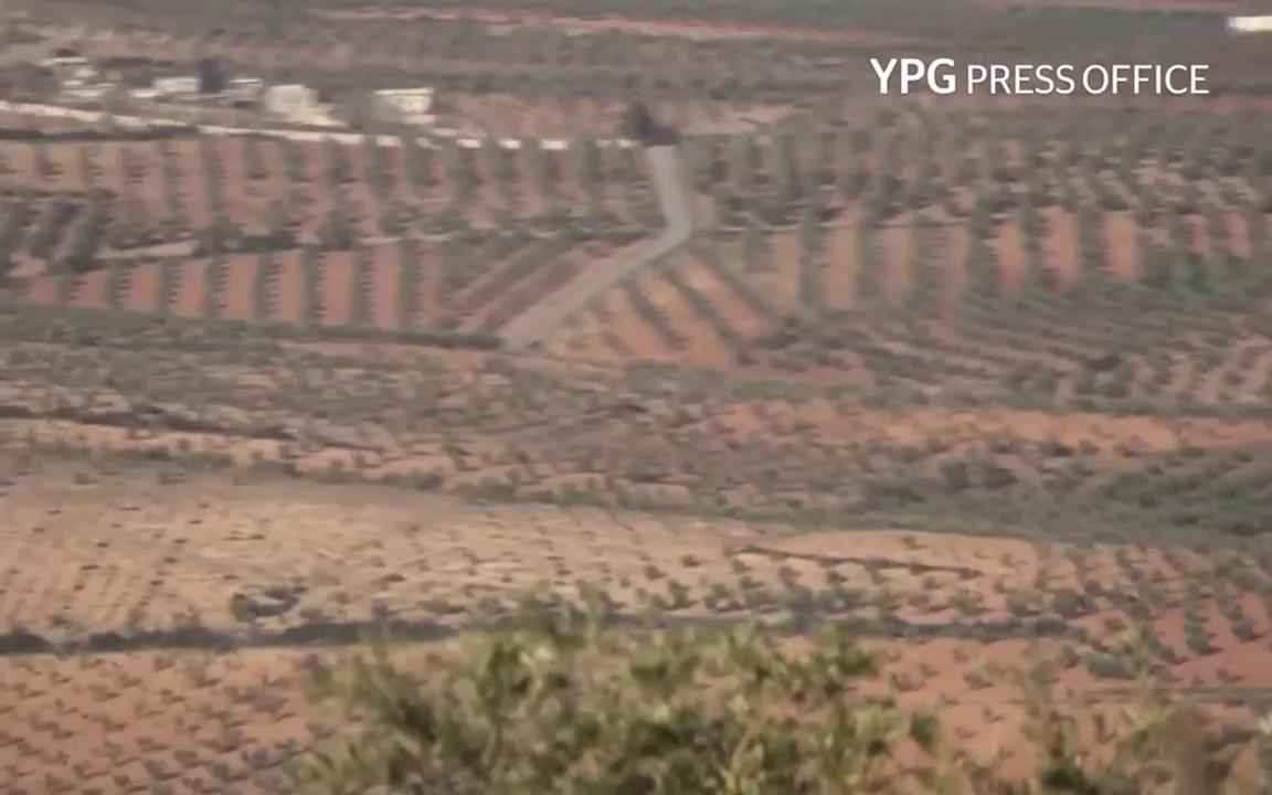 Người Kurd sử dụng tên lửa chống tăng tấn công xe bọc thép của Thổ Nhĩ Kỳ