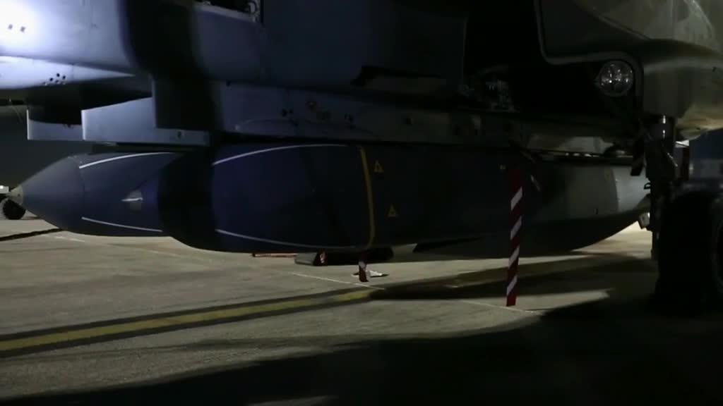 Các máy bay chiến đấu Tornado của Anh tham gia chiến dịch không kích Syria
