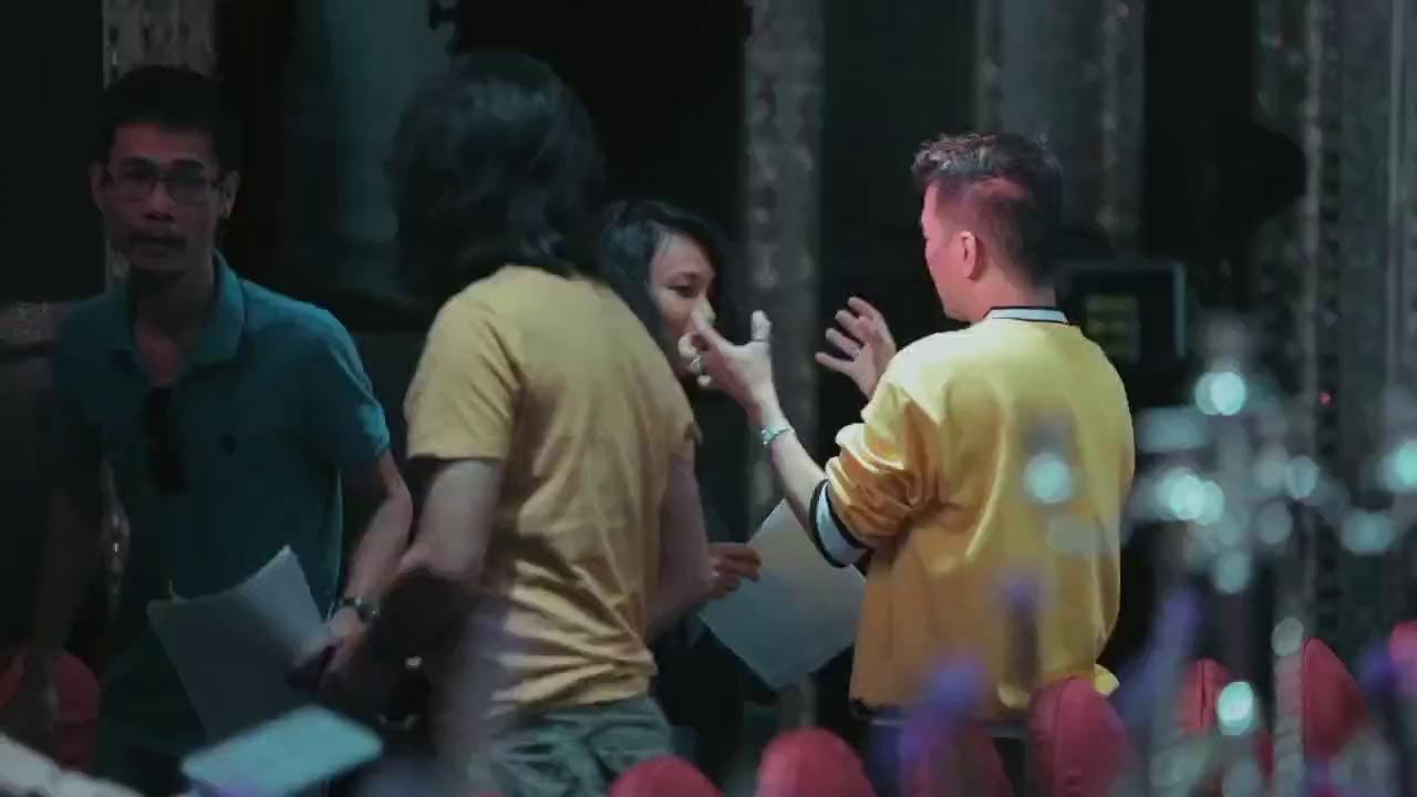 Đột nhập bữa tiệc kỉ niệm 15 năm 9 tháng của Đàm Vĩnh Hưng và Dương Triệu Vũ