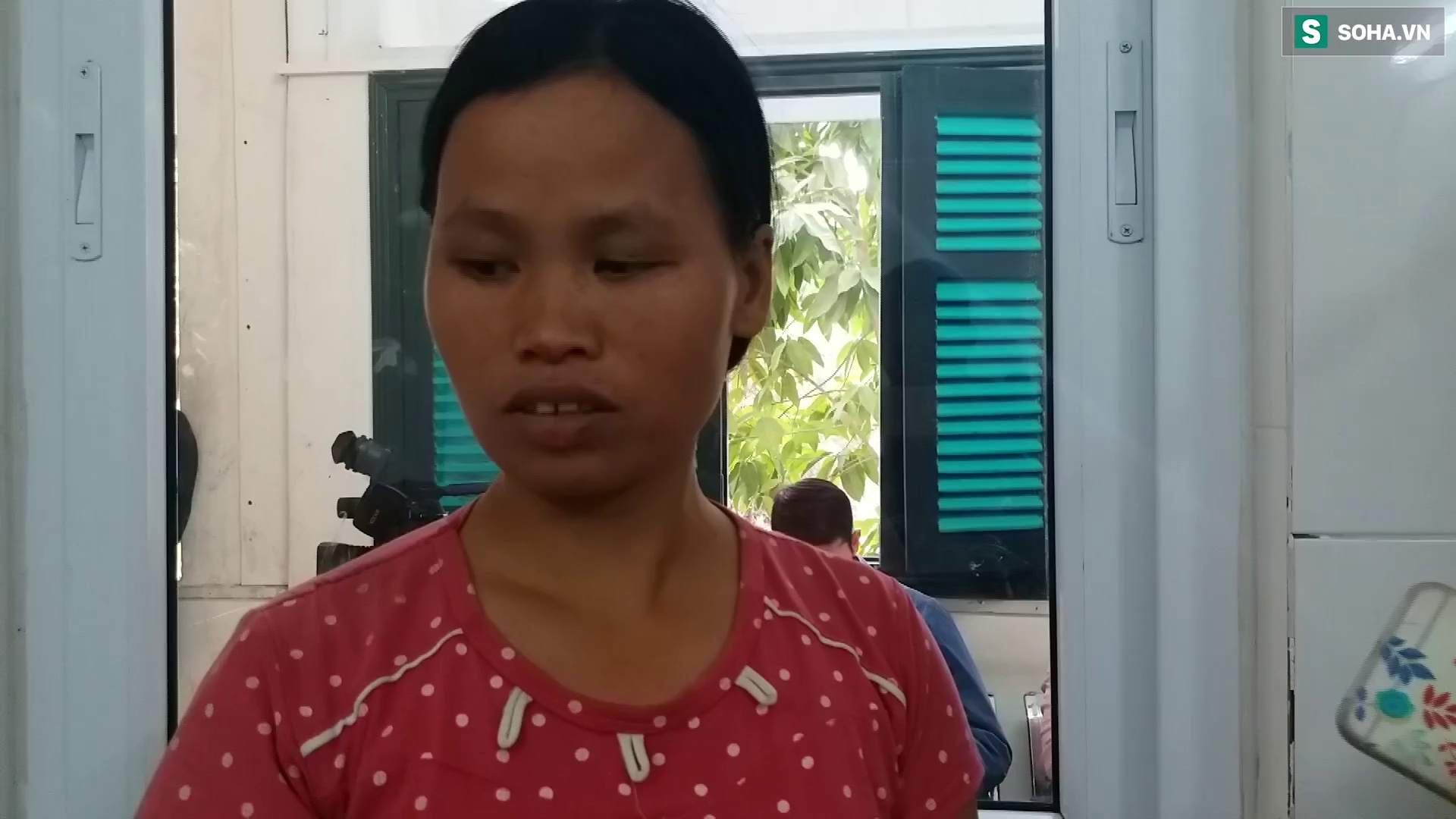 Người nhà bệnh nhân kể lại quá trình con mình bị tai nạn mắt