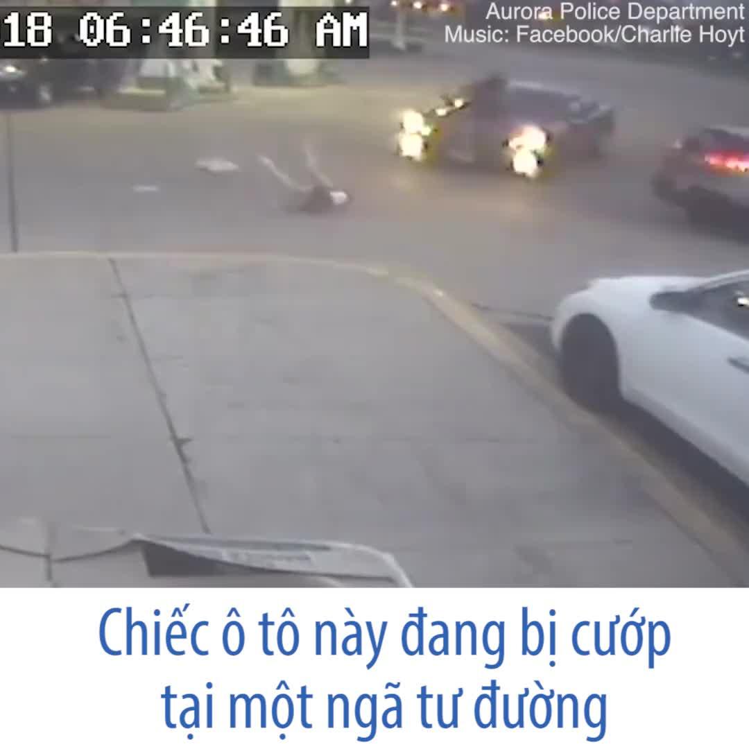 Cướp xe kinh hoàng trên đường phố Chicago, Mỹ