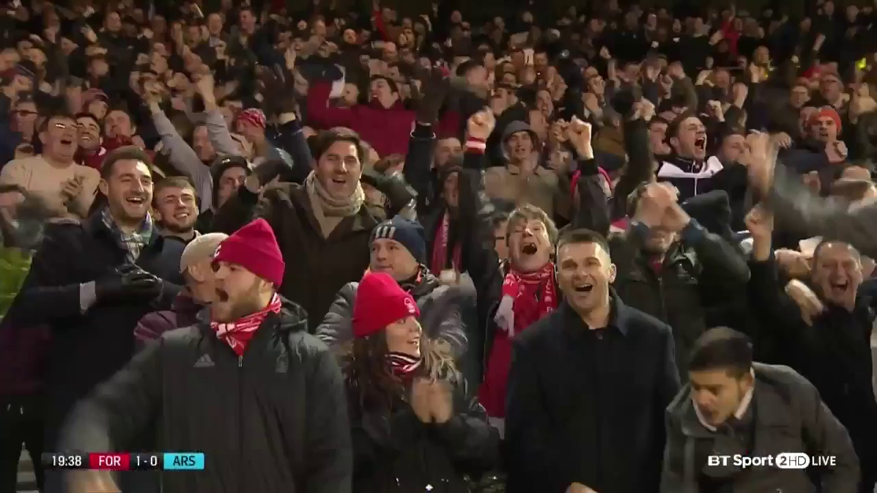 Vòng 3 FA Cup: Nottingham Forest 4-2 Arsenal