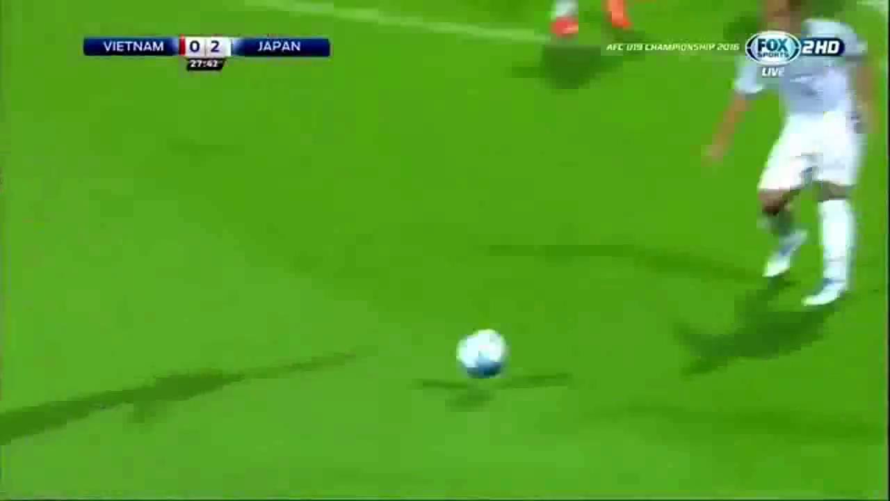 Khả năng bắt penalty rất đẳng cấp của thủ môn Bùi Tiến Dũng
