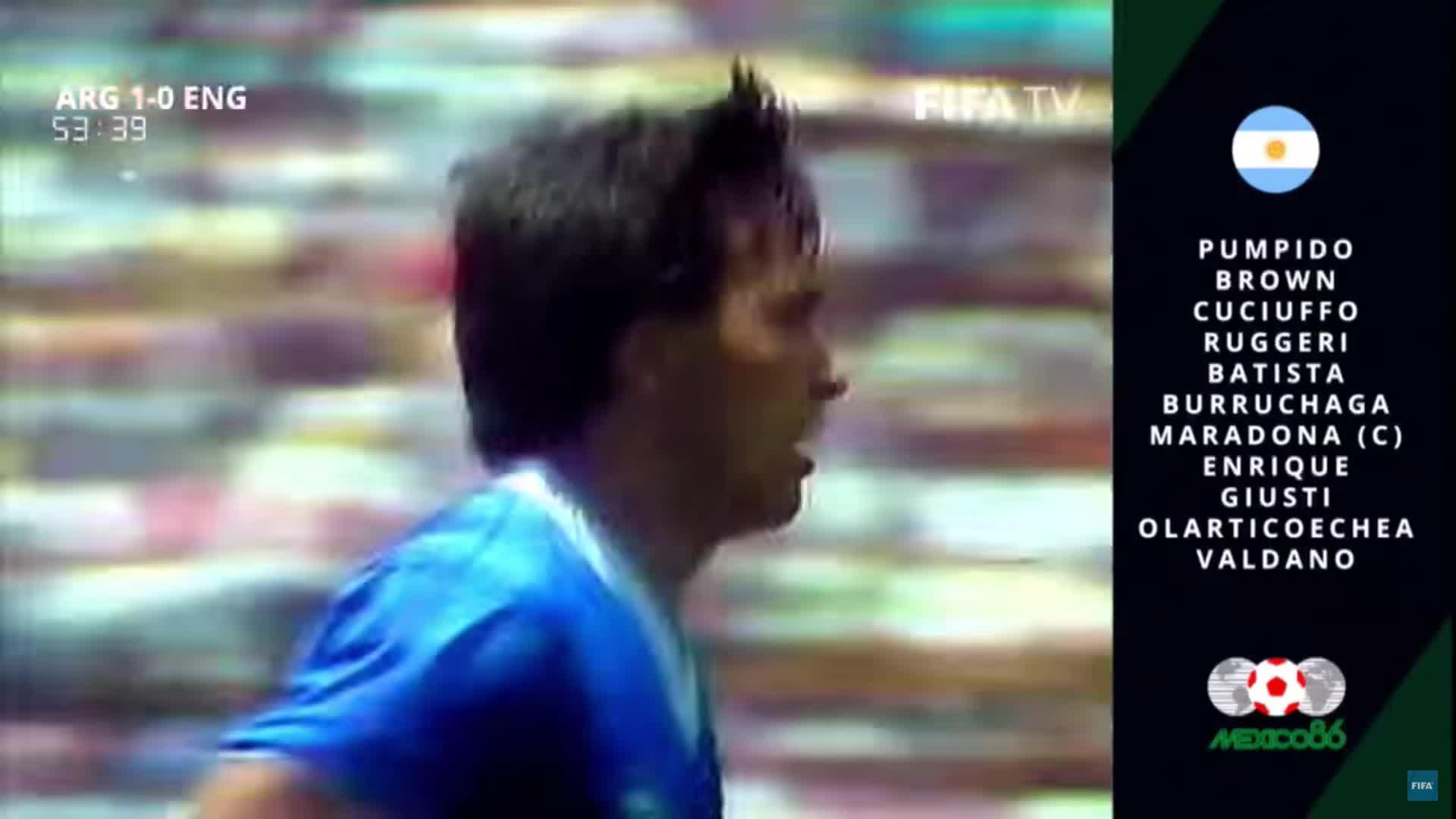 Cầu thủ Anh bị phạm lỗi và pha solo kinh điển của Maradona