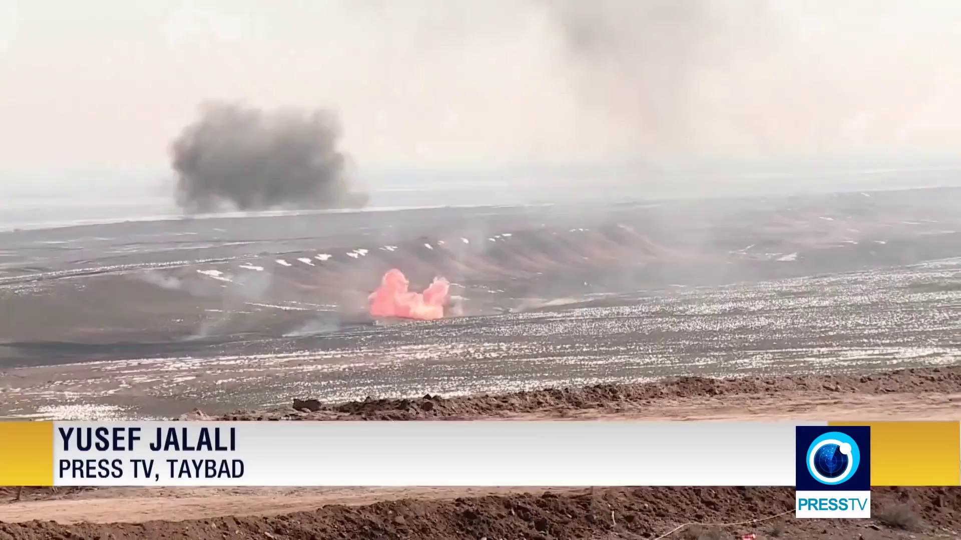 [VIDEO] Một cuộc tập trận của Vệ binh cách mạng Hồi giáo Iran (IRGC)