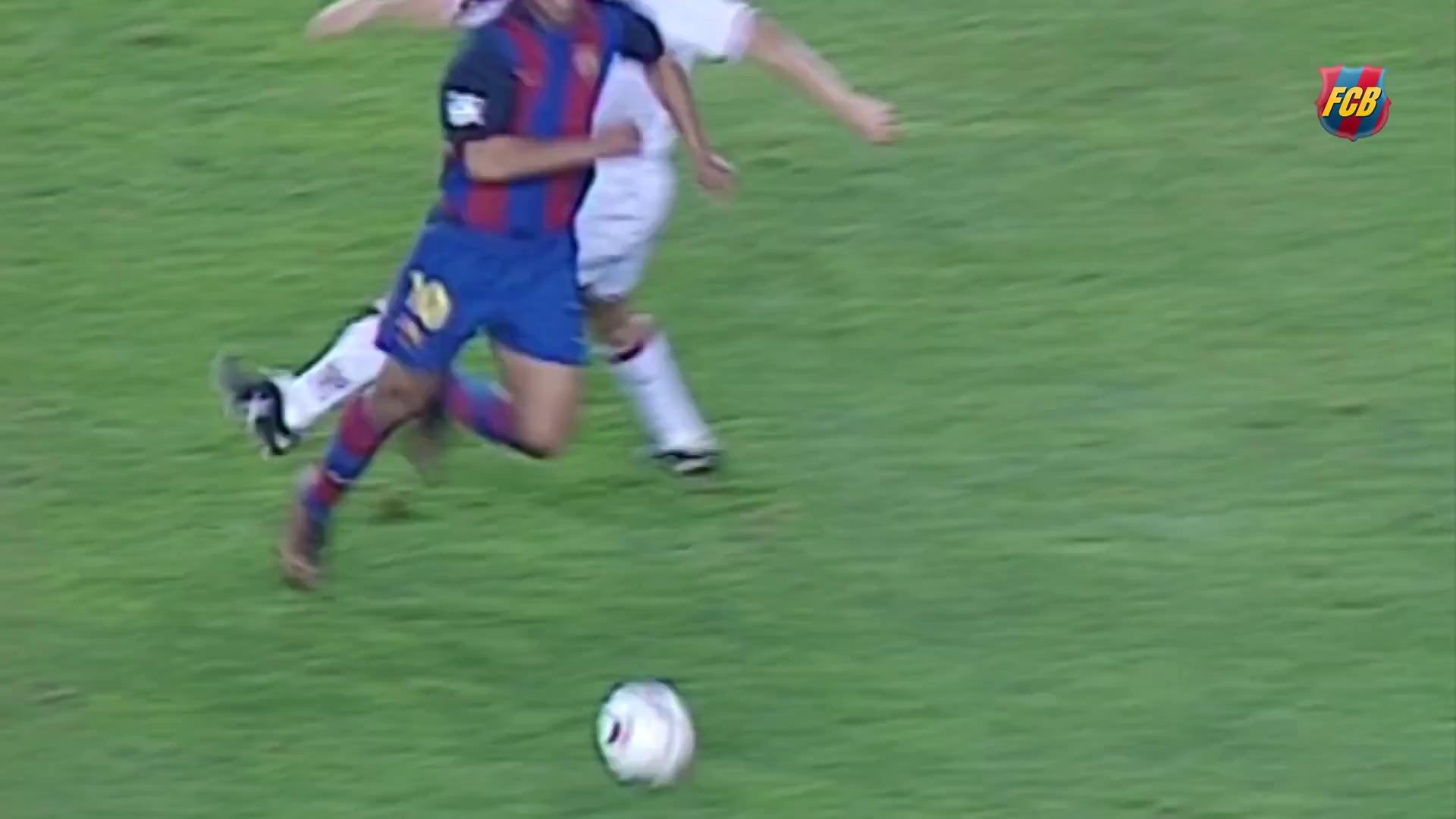 Bàn thắng đầu tiên của Ronaldinho cho Barca
