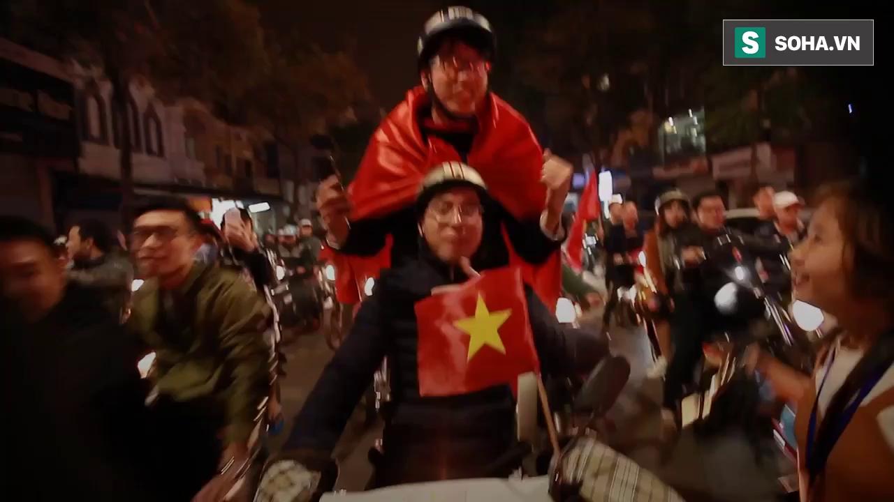 Cổ vũ chiến thắng U23 Việt Nam