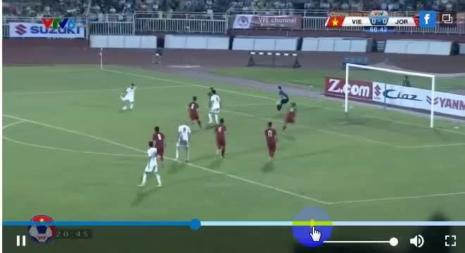 Văn Lâm chơi xuất sắc ở trận lượt đi đội tuyển Việt Nam hòa Jordan 0-0 hồi tháng 6/2017. Nguồn: VTV