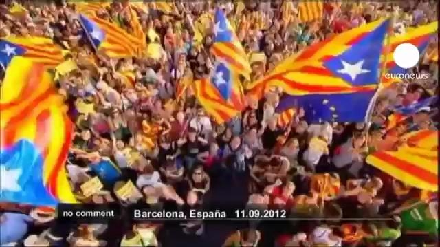 Hàng nghìn người Catalonia biểu tình đòi quyền độc lập. Nguồn: Euronews