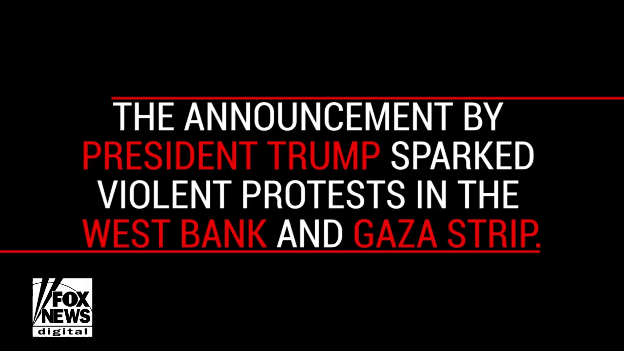 Bạo động nổ ra khắp khu vực Jerusalem sau tuyên bố của ông Trump. Nguồn: Fox News