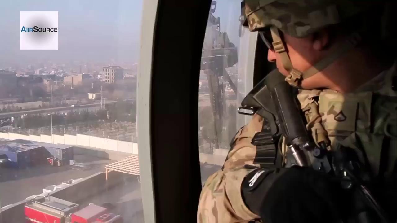 Binh lính Mỹ tuần hành tại Afghanistan. Nguồn: Air Source