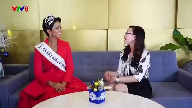 Clip H'Hen Niê chia sẻ cảm xúc trên VTV sau khi đăng quang hoa hậu.