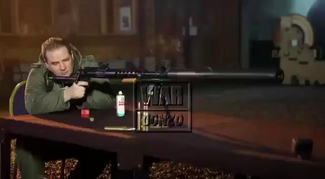 Một quan chức Donesk thử nghiệm súng bắn tỉa mới sản xuất Donchanka