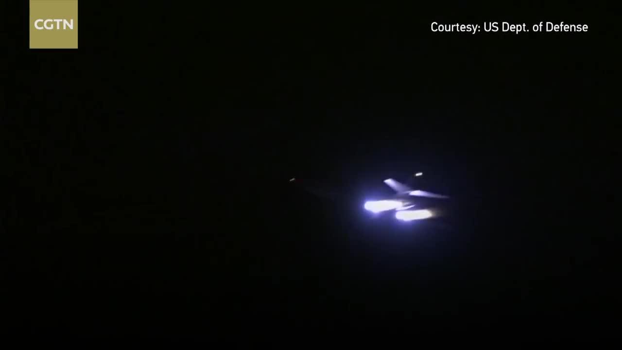 Máy bay ném bom B-1 tiến hành đợt kiểm tra cuối cùng trước khi không kích Syria đêm 13/4