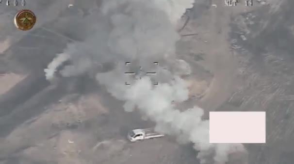 Không quân Iraq phá hủy một xe cơ giới của IS - video tài khoản  - @JakeGodin