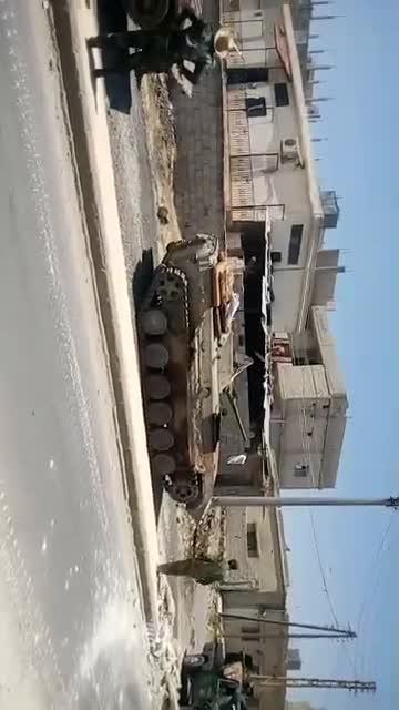 Lực lượng Tiger tiến vào giải phóng thị trấn Al-Harra trên vùng nông thôn miền tây Daraa