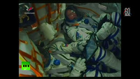 Video tàu vũ trụ gặp sự cố khiến phi hành gia phải hạ cánh khẩn cấp