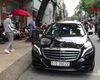 Ngọc Trinh xuất hiện cùng Mercedes S500 Maybach 11 tỷ đồng dịp cuối tuần