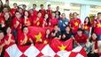 Cổ động viên Việt Nam hừng hực khí thế trước giờ lên đường cổ vũ thầy trò HLV Park Hang-seo.