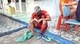 Đinh Thanh Bình sợ bị gãy xương vì bị đạp vào chân.