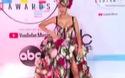 Cardi B gợi cảm với váy hoa