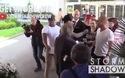 Kendall Jenner nổi bật tại sân bay