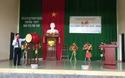 Ông Võ Văn Thưởng đánh trống khai giảng tại trường THPT Dân tộc Nội trú Ninh Thuận