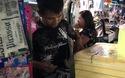 Bán chanh muối chợ đêm Thái Lan, người Việt bỏ túi vài chục triệu đồng/tháng