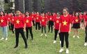 Sinh viên Hà Nội nhảy flashmob đón chào các em năm đầu tới giảng đường