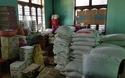 Chuẩn bị lương thực mùa mưa cho học sinh miền núi Quảng Nam