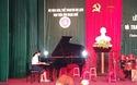 Thầy trò Học viện Âm nhạc Huế biểu diễn văn nghệ mừng khai giảng