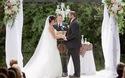 Chú rể bất ngờ vung tay tát vào mặt cô dâu khi đang làm lễ cưới và sự thật bất ngờ