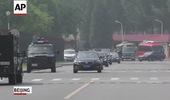 Đoàn xe hùng hậu hộ tống ông KIm Jong Un trong chuyến viếng thăm Bắc Kinh 2 ngày