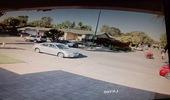 Mô tô mất lái, phóng thẳng vào Toyota Camry đỗ bên vệ đường
