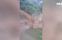 Clip: Lũ quét khủng khiếp ở Hà Giang