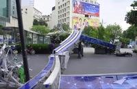Cổng chào phố đi bộ Nguyễn Huệ đổ sập, đè 1 người bị thương