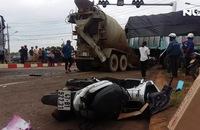 Kinh hoàng xe bồn mất thắng tông nhiều người thương vong
