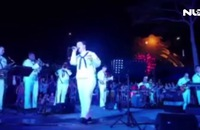 """Video: Nữ binh sĩ Mỹ và ban nhạc Hạm đội 7 thể hiện ca khúc """"Nối vòng tay lớn"""""""